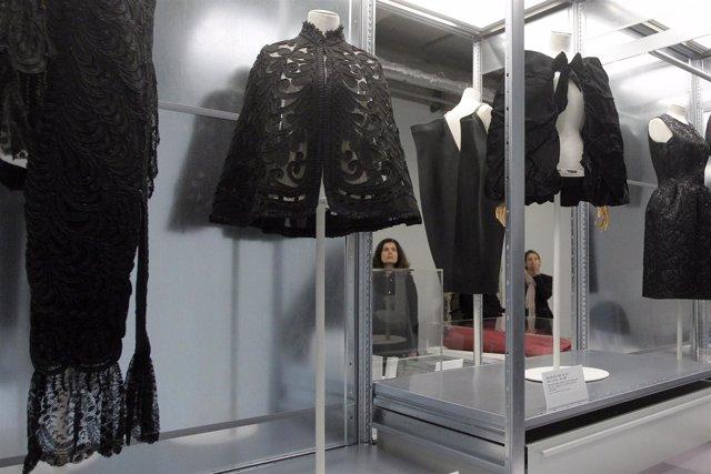 Exposición Balenciaga En Paris