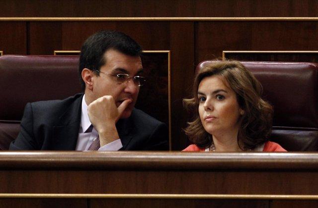 José Luis Ayllón Hablando Con Soraya Sáenz De Santamaría