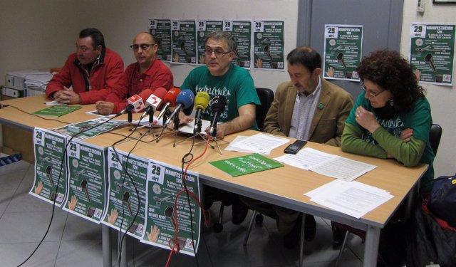 Rueda De Prensa De La Plataforma Por La Escuela Pública, Laica Y Gratuita