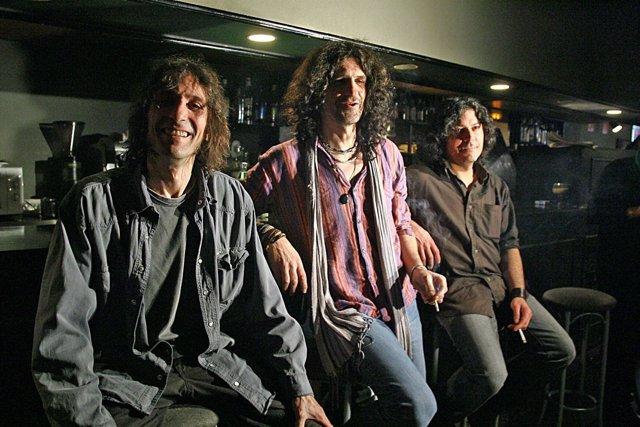 El Grupo De Rock Extremoduro Durante La Presentación De Su Disco En 2008