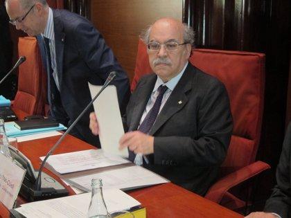 Mas-Colell propone una tarifa de cinco euros por día hospitalizado y mayor copago a las rentas altas