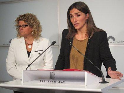 El PSC rechaza el copago de Mas-Colell y le acusa de poner en peligro la sanidad pública