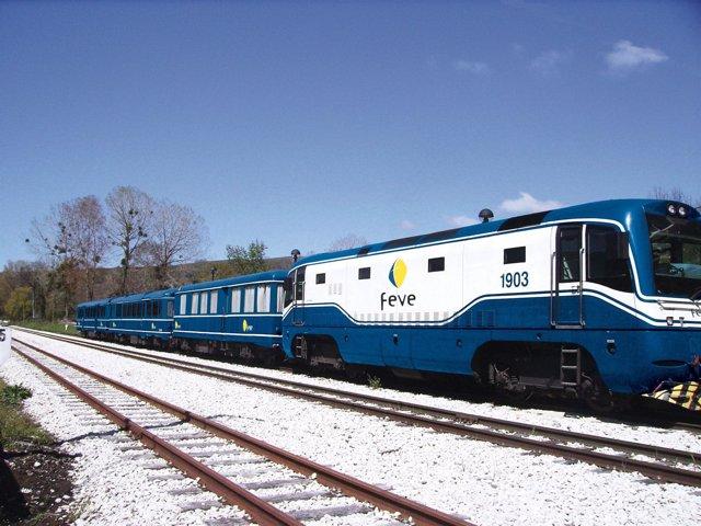 Tren turístico Feve