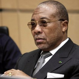 charles taylor presidente de libia recursos