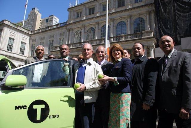 Imagen De Los Nuevos Taxis Verde Manzana De Nueva York