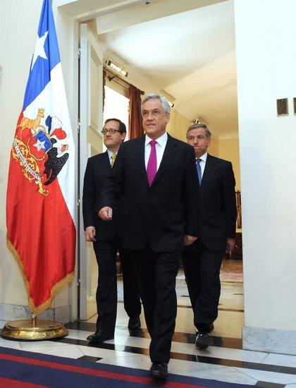 La popularidad de Piñera cae al 26%, su nivel más bajo en lo que va de mandato