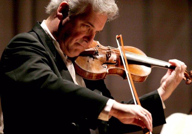 El Prestigioso Violinista Israelí Pinchas Zukerman Actuará En El Palau