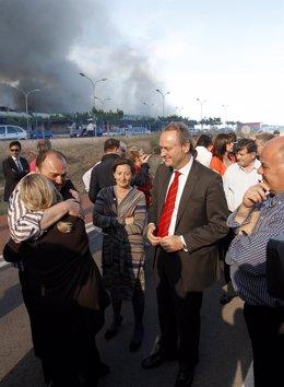Fabra Visita La Empresa Fontestad Afectada Por El Incendio