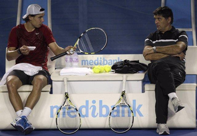 Rafa Nadal Y Toni Nadal En El Abierto De Australia