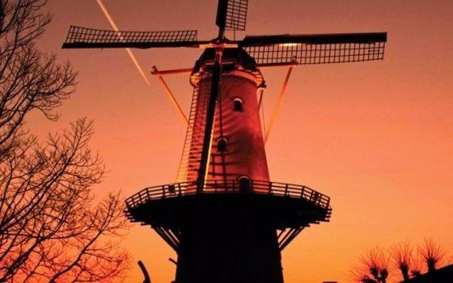 Molino De Viento En Holanda
