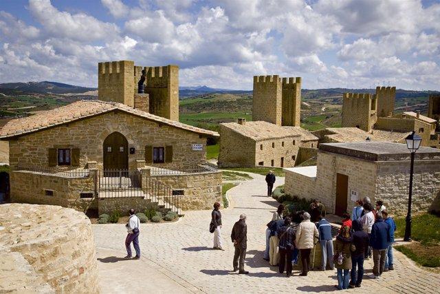 Visita Guiada Al Cerco De Artajona, Navarra