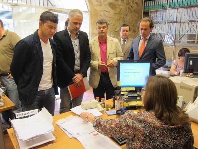 Presentación Del Escrito Por Alcaldes Del PSOE