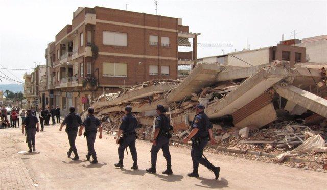 Unidades De Prevención Y Reacción Del CNP En El Barrio De La Viña