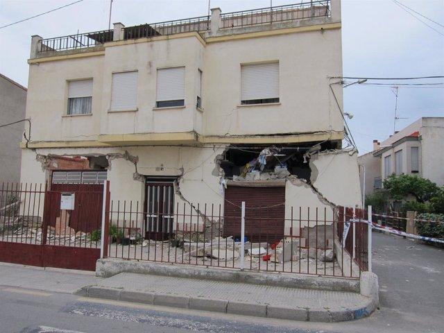 Casa Destrozada Por El Terremoto
