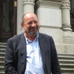 El Diputado Socialista Francisco González