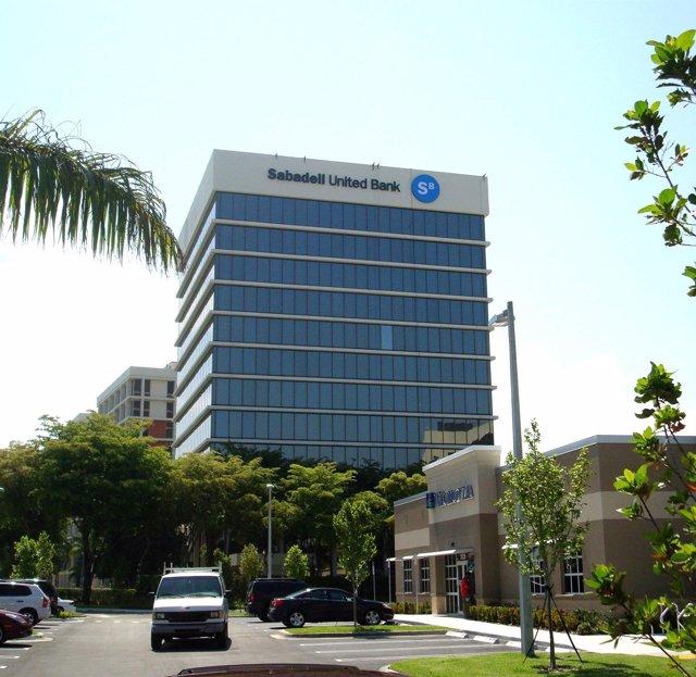 Oficina Del Sabadell United Bank, En Miami
