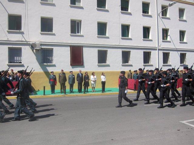 Autoridades Civiles Y Militares En El Desfile Posterior A La Toma De Posesión