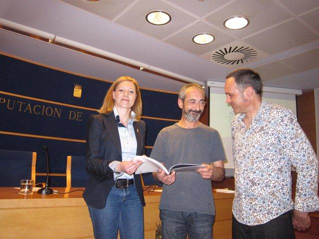 Marta Pardo, Rafa Pérez Y Alberto Andrés En La Presentación De La Exposición