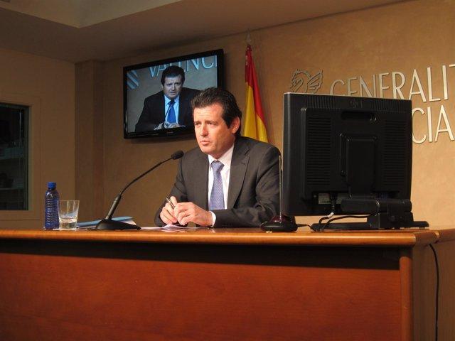 José Císcar en una rueda de prensa
