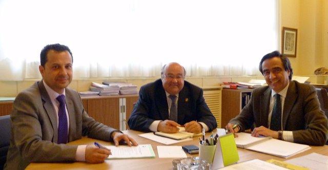 El Alcalde De Torrelavega Y El Rector De La UC
