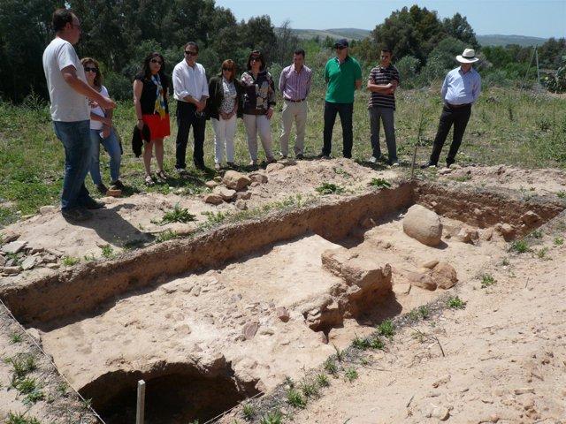 Gálvez En La Visita Al Yacimiento Arqueológico Hoy