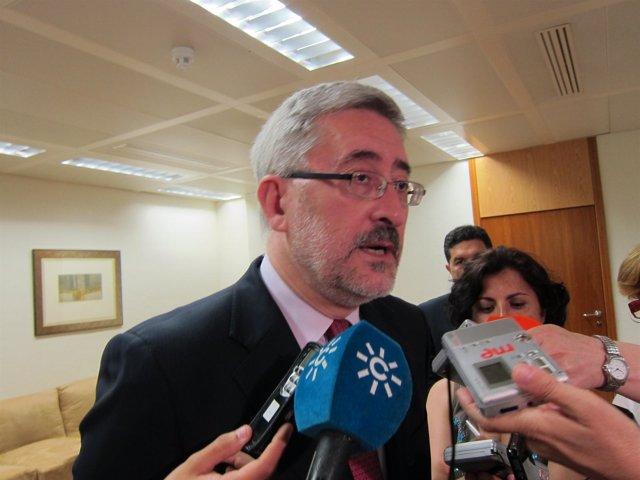 El Consejero De Economía, Innovación, Ciencia Y Empleo, Antonio Ávila