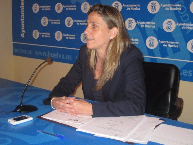 La Concejal Del PSOE En El Ayuntamiento De Huelva María Villadeamigo.