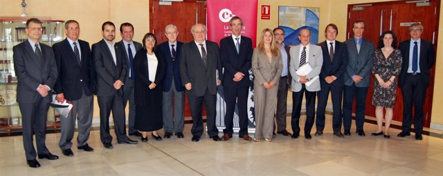 Jurado De Los Premios Cambra 2012