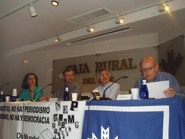 Mesa Redonda Sobre La 'Libertad De Expresión En Tiempos De Crisis'.