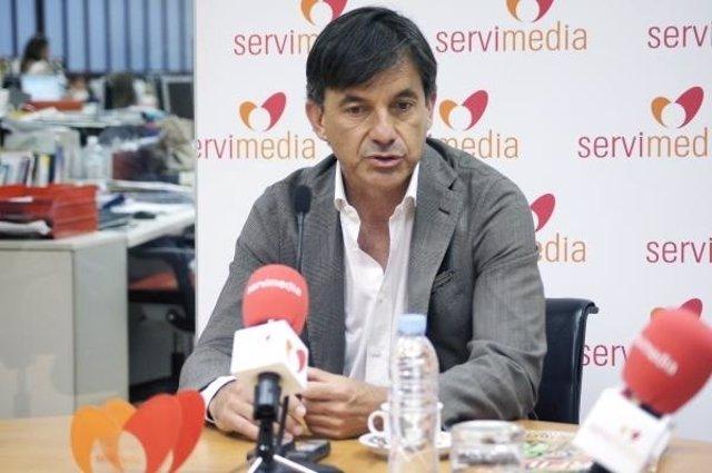 El Extenista Y Excapitán De La Davis Emilio Sánchez Vicario