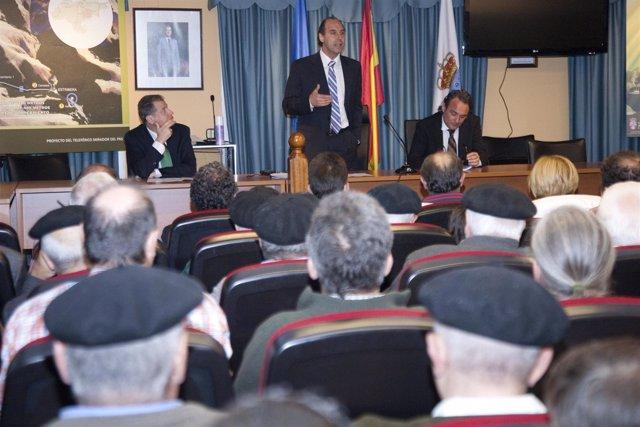 Diego Presenta A Los Vecinos De Los Municipios Pasiegos El Futuro Teleférico