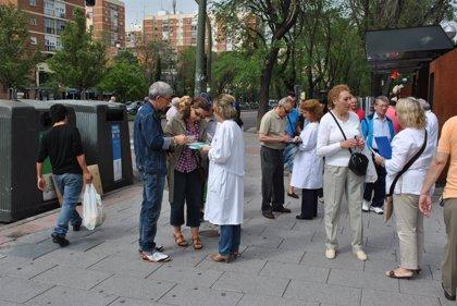 Las enfermeras salen a la calle para sumar apoyos en defensa de una Sanidad de calidad