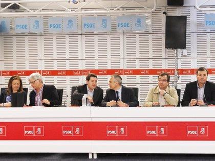'Barones' del PSOE piden Conferencia de Presidentes y urgen al Gobierno a no cambiar en solitario el diseño competencial