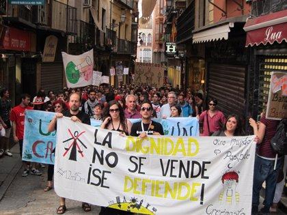 Miles de 'indignados' se manifiestan por las calles de C-LM para conmemorar el primer año del movimiento