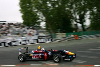 Motor.- Carlos Sainz Jr, sexto en la primera prueba del segundo 'meeting' de Fórmula 3
