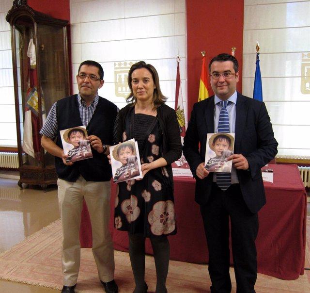 Gamarra, Merino Y Chimeno, Con La Revista