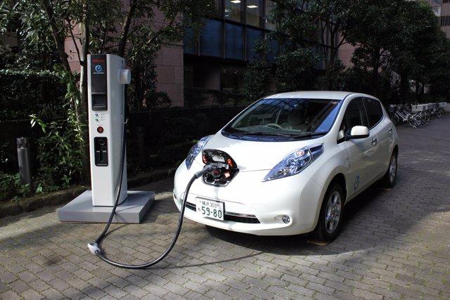 Nissan, Estación Recarga Coche Eléctrico