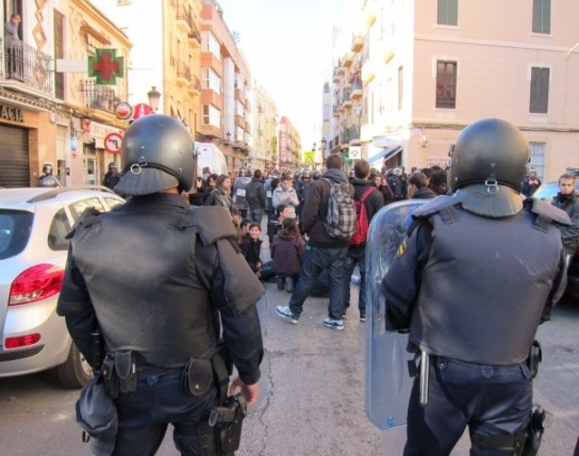 Manifestantes En Zapadores En La 'Primavera Valenciana'