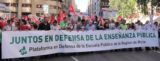 Manifestación En Murcia Contra Los Recortes En Educación
