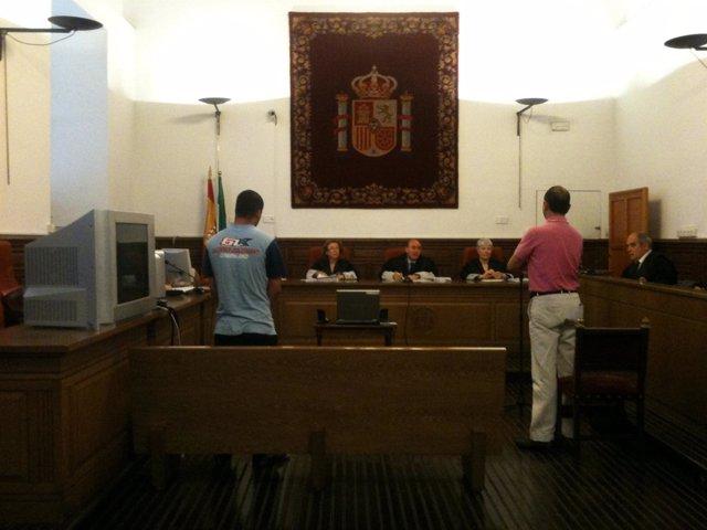 Juicio Contra El Patrón De Una Patera En Granada