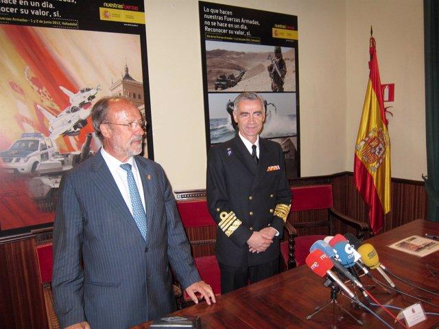 El Alcalde De Valladolid Junto Al Almirante Jefe Del Estado Mayor De La Defensa
