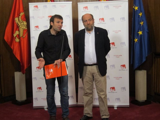 Alonso Y Muñoz En Arco Banderas