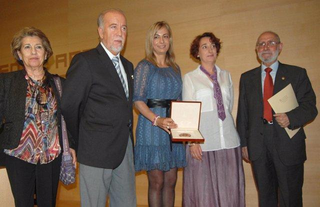 Sonia Castedo, Junto A Miguel Valor Y Otras Autoridades