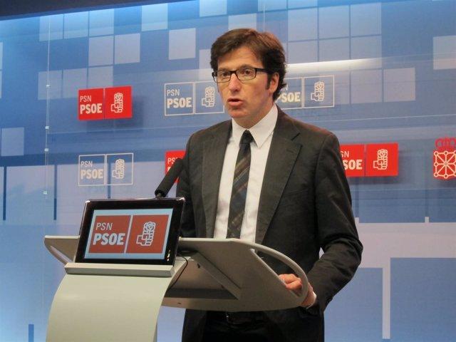 El Diputado Del PSN Juan Moscoso Del Prado.