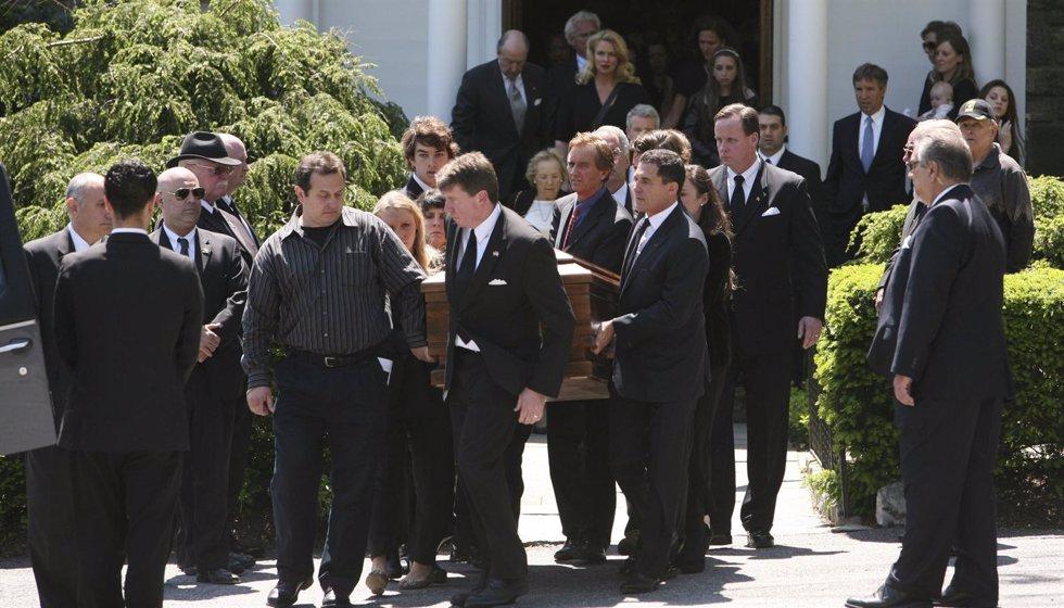 Funeral por Mary Kennedy en Nueva York, Mayo 2012