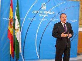 """Andalucía, prepara da para defender ante el TC cualquier """"violación"""" del Estatuto"""
