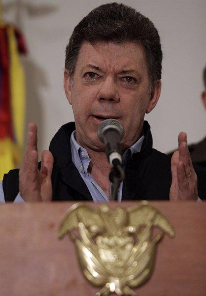 """Santos: hay """"terroristas"""" que pretenden imponer su agenda al Gobierno"""