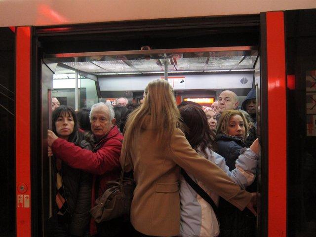 Usuarios Del Metro De Bilbao