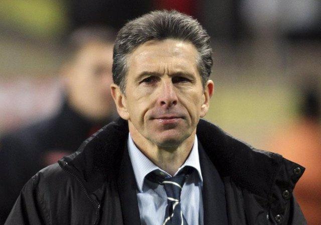 El entrenador del Olympique de Lyon Claude Puel