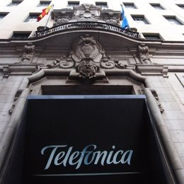 Sede De Telefónica Por Europa Press